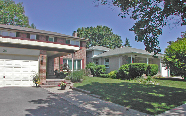 Eringate Houses - Two Storey & Split Level - Toronto West Realty Inc.